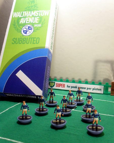 Walthamstow Avenue Subbuteo team box